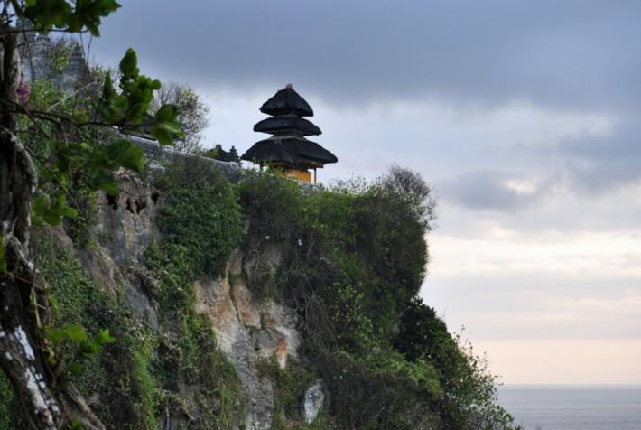 ウルワトゥ寺院