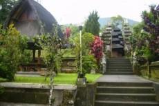 バトゥカル寺院