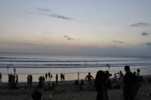 「バリ島現地観光ツアー情報」クタ・ビーチの様子