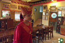 「バリ島現地食べ歩き情報」インドネシアの伝統料理 パダン料理を食べてみよう!!