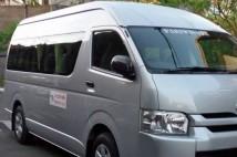 バリ島現地ツアーの車は、快適に!!