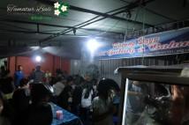 行列のできるディープな屋台 Warong Dayu Babi Guling & Balung