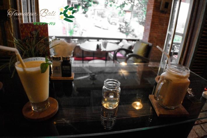 Barong Bridge Cafe バロン・ブリッジ・カフェ