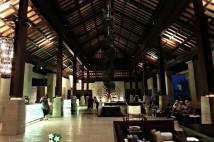 ヌサ・ドゥアの最高級ホテル「リッツカールトン」は、こんな感じ!