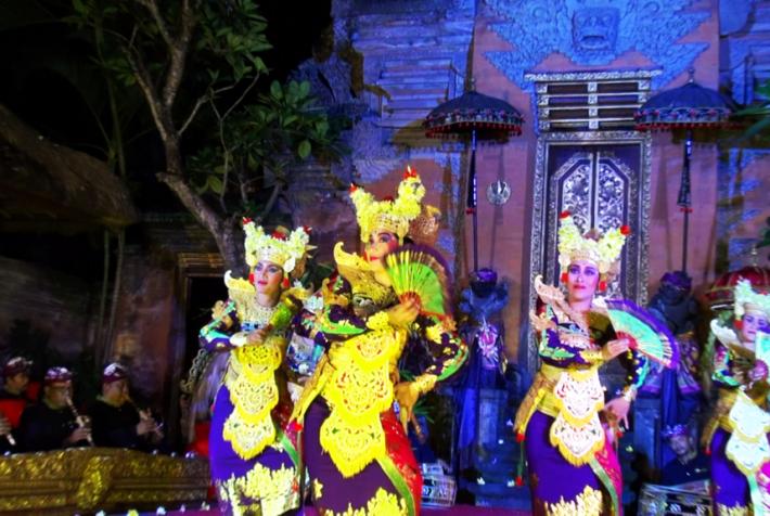 バリ舞踊ショー2