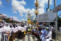 バリ島のお祭りに遭遇!